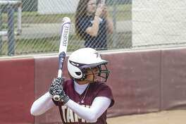 TAMIU's Anna Parnin and the Dustdevils were swept by Texas A&M-Commerce in a doubleheader on Sunday.