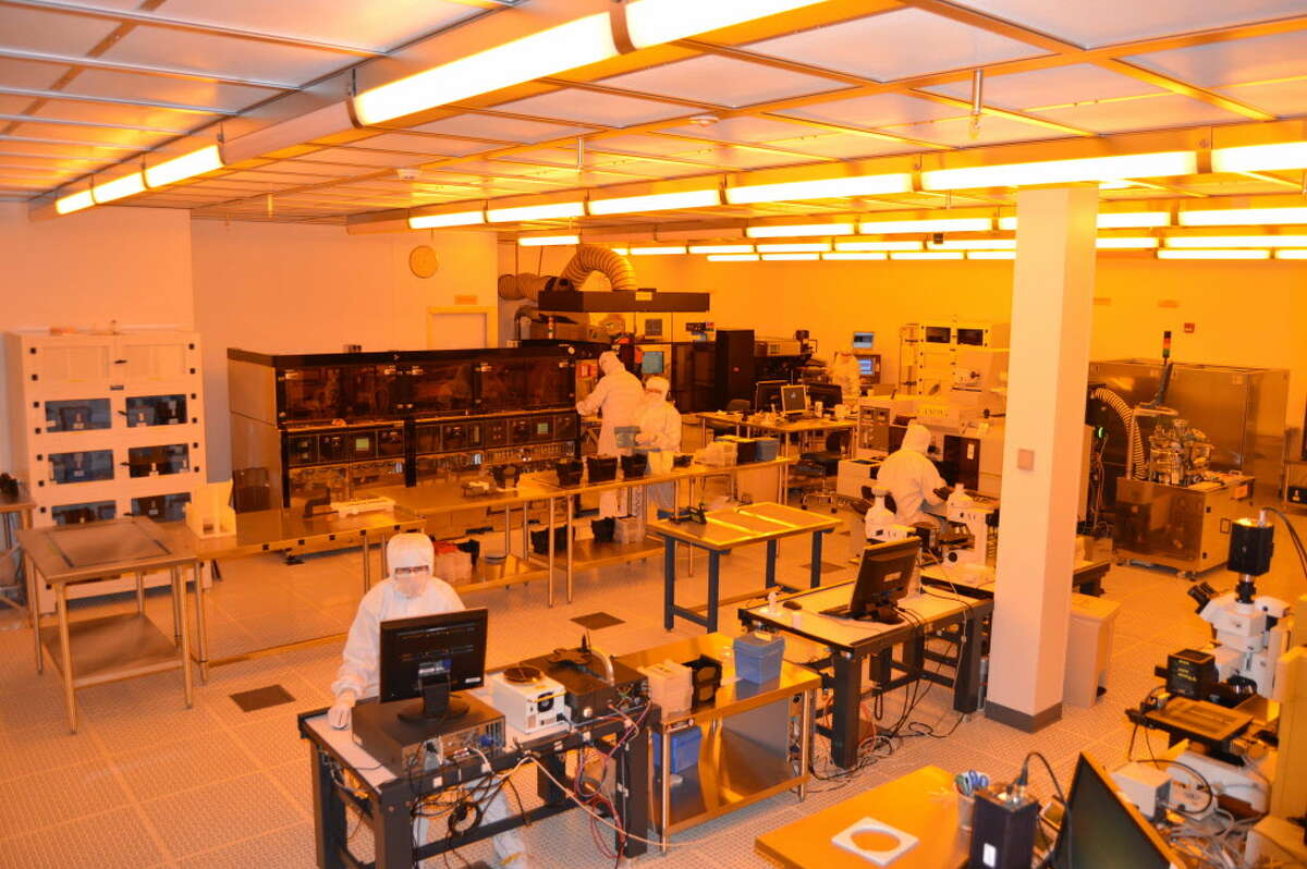 Inside SUNY Poly's former Canandaigua research and manufacturing facility that is now owned by Akoustis.