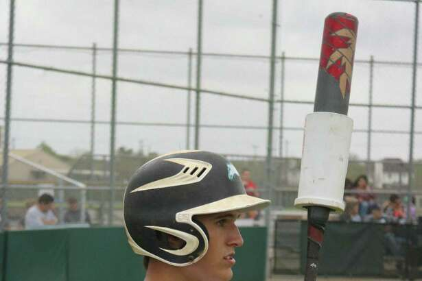 Memorial's Dylan Sanchez waits to bat in the sixth inning of Friday's game. Sanchez would triple in the upcoming plate appearance, but his two-out hit didn't lead to a run.