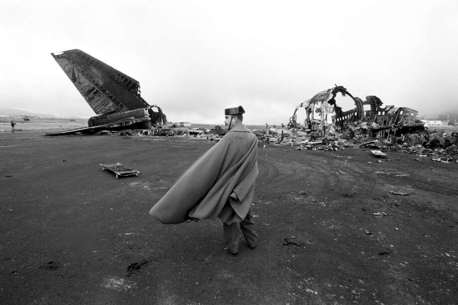 In 1977, two Boeing 747 airliners collided on the runway of Tenerife Los Rodeos Airport, resulting in the death of 583 people, making it the worst accident in aviation history. Photo: Tony Comiti, Sygma, Getty Images