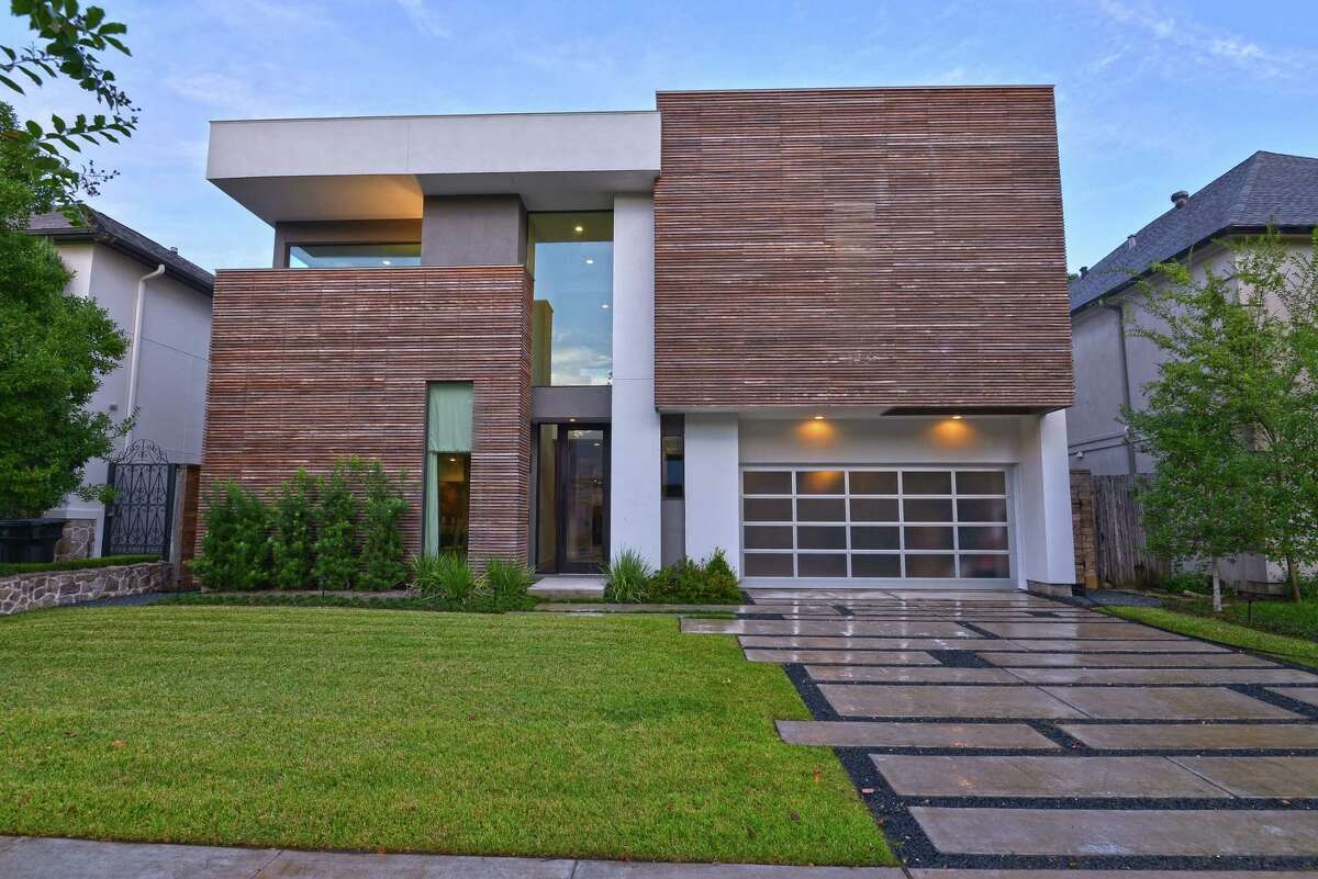 Houstonian Ben Carey is passionate about modern homes and mid-century decor. He's built several homes with On Point Custom Homes, including the Upper Kirby one he lives in now. They've also worked with architect George Allen Cole and interior designer Denny Lyons.