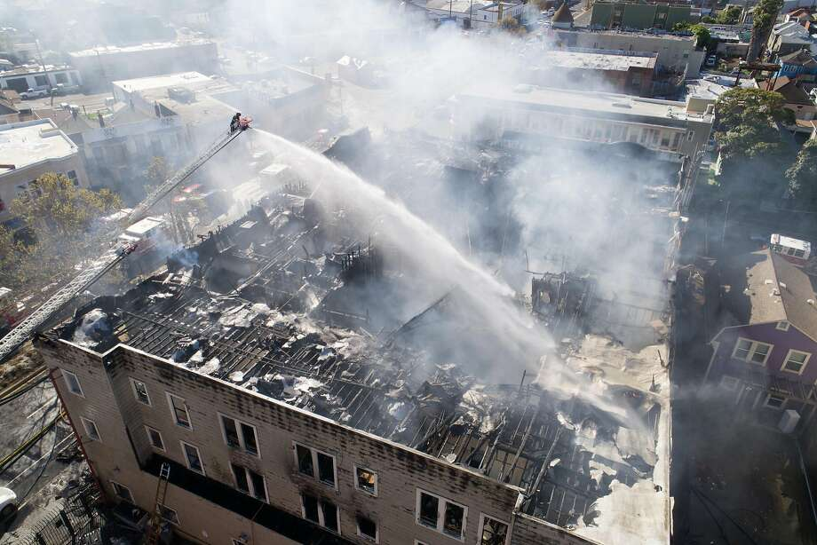 Recent Oakland Fires: The IntersectionA $35 million mixed-use project called the Intersection under construction in downtown Emeryville, on the Oakland border, hasburned twice in the past yearin fires that were so big they damaged nearby homes and businesses as well. Photo: Jim Stone, Special To The Chronicle