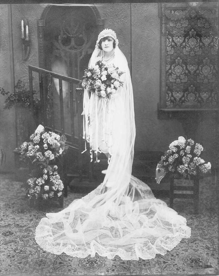 This is Josephine Gontarz on her wedding day to Michael Niedbala.  Loretta's mom and dad met on a freighter coming to America and fell in love.  They began their married life in Hamtramck.