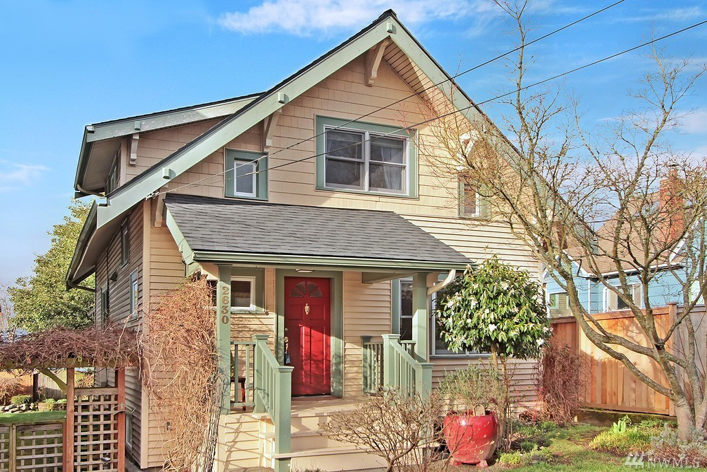 What 39 s up with all the craftsman style homes in seattle - What is a craftsman house ...