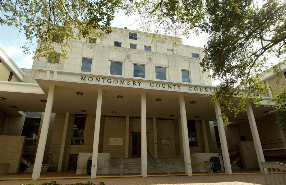 Building profile of the Montgomery County Courthouse Friday, Feb. 2, 2017, in Conroe. Photo: Jason Fochtman, Staff Photographer / © 2017 Houston Chronicle