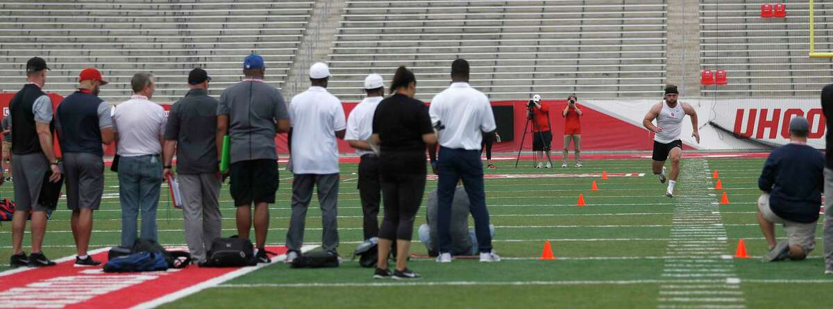 Tyler McCloskey runs the 40-yard dash for the scouts at the University of Houston Pro Day, Monday, March 27, 2017, in Houston.