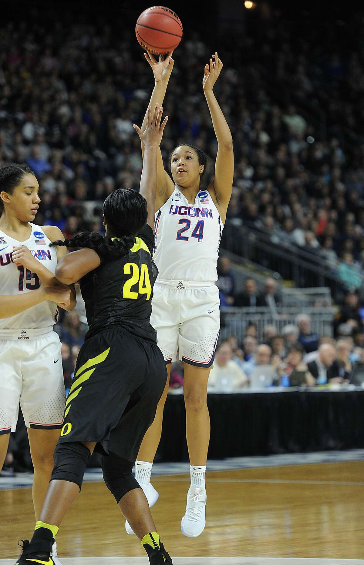 UConn defeats Oregon in the NCAA Women's Basketball Regional Final game at the Webster Bank Arena in Bridgeport, Conn. on Monday, March 27, 2017.
