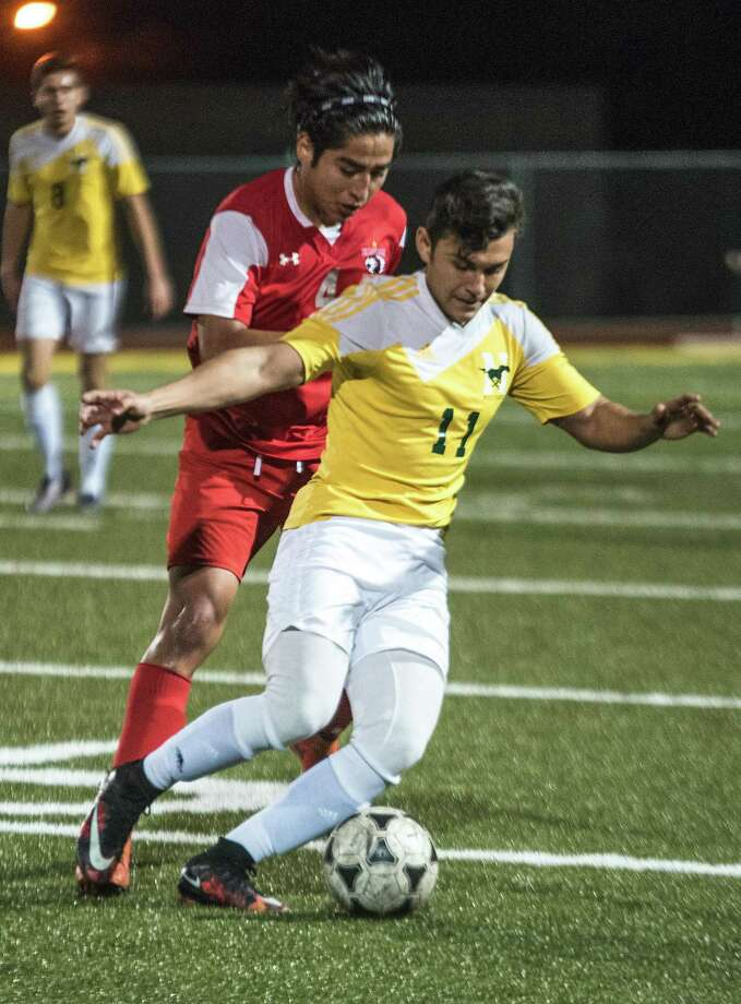 The Mustangs had two games this past week. They fell to Eagle Pass 1-0 last Tuesday and topped La Feria 3-0 on Friday. Photo: Danny Zaragoza /Laredo Morning Times / Laredo Morning Times