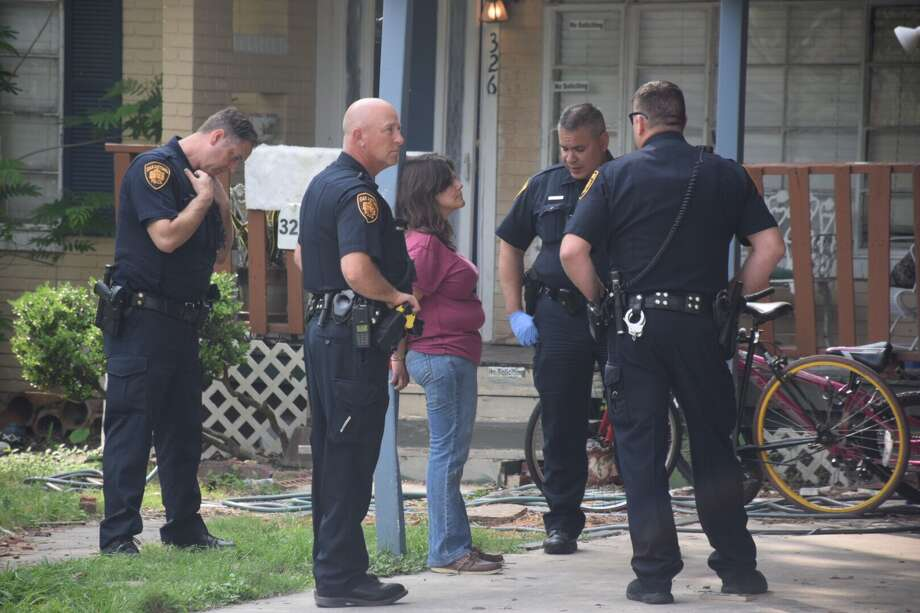 One woman was detained after she allegedly stabbed her relative's girlfriend in the arm during an argument over furniture on March 28, 2017. Photo: Caleb Downs / San Antonio Express-News