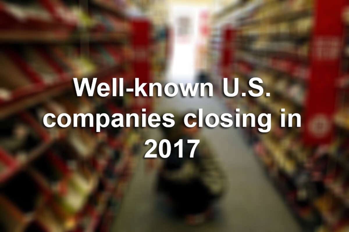 Well-known U.S. companies closing their locations in 2017.