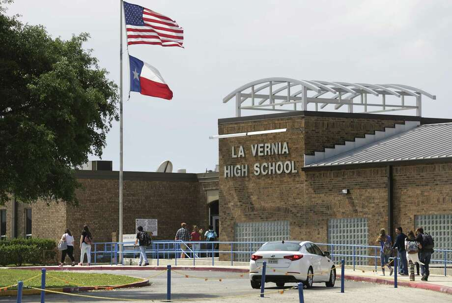 Students walk to the main building at La Vernia High School in La Vernia, TX, on Tuesday, March 28, 2017. Photo: Bob Owen, Staff / San Antonio Express-News / ©2017 San Antonio Express-News