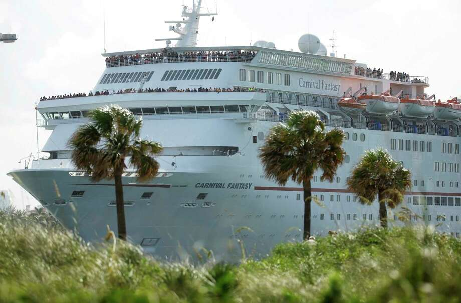 Those who have received robocalls about a free cruise could earn up