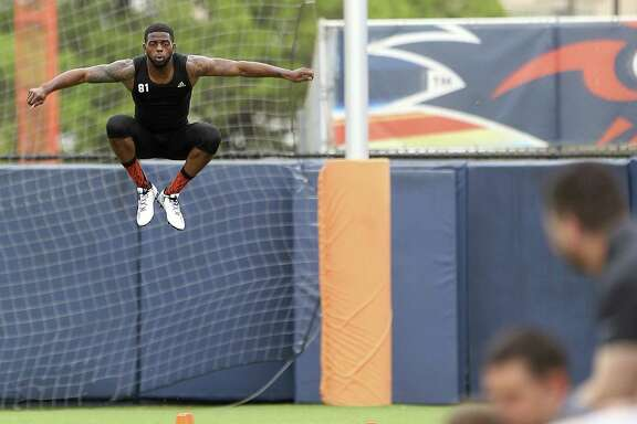 Kenny Bias stretches Tuesday, March 28, 2017 while competing in UTSA's NFL Pro Day.