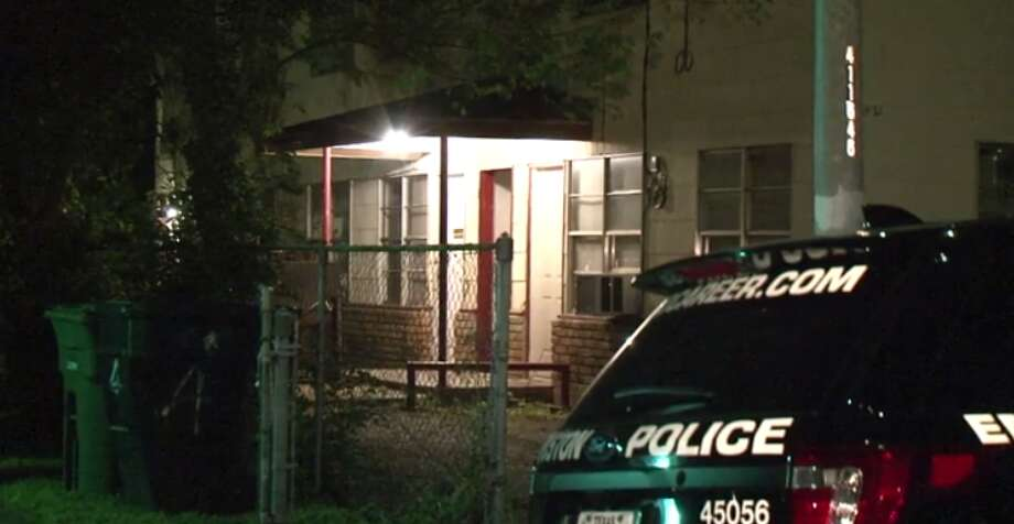 A homeowner is injured after two robbers broke into his residence near the University of Houston Tuesday night. (Metro Video) Photo: Metro Video