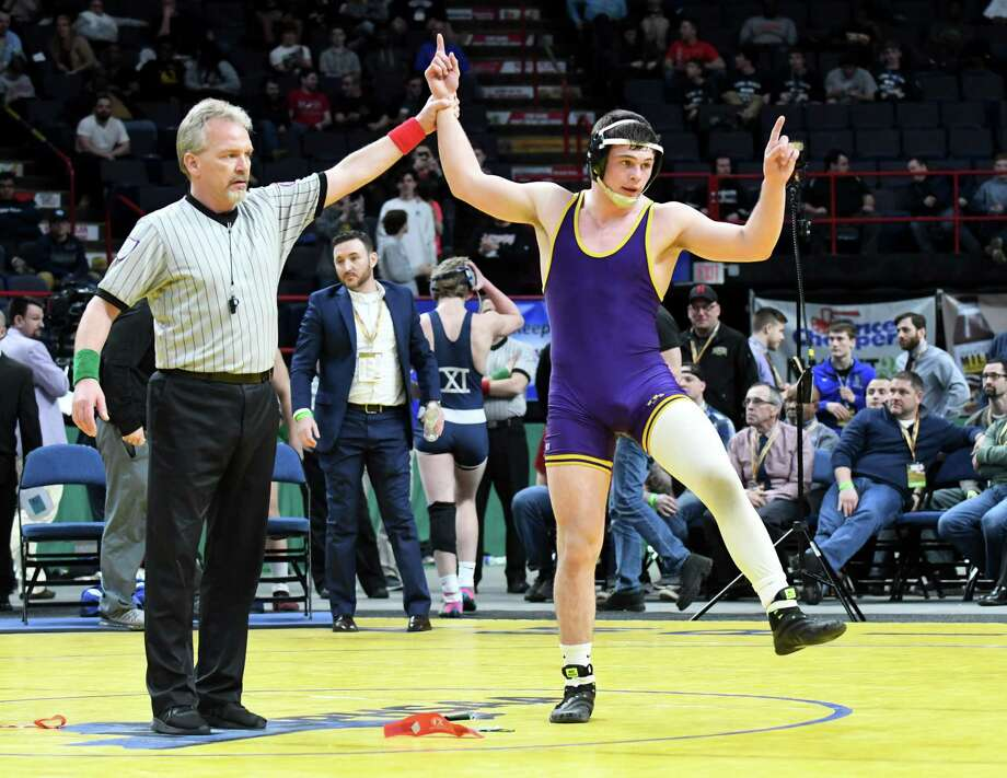 Tyler Barnes of Ballston Spa High School claims the 170-pound Division I wrestling title during the New York State Wrestling Championships on Saturday, Feb. 25, 2017, at the Times Union Center in Albany, N.Y. He beat Zach Ancewicz from John Glen. (Will Waldron/Times Union) Photo: Will Waldron / 20039779A