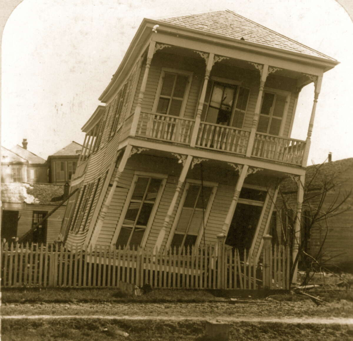 The Hurricane of 1900 made landfall on the city of Galveston, Texas on September 8, 1900. It had estimated winds of 135 mph (215 km/h) at landfall, making it a Category 4 storm.