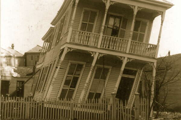 UNITED STATES - CIRCA 1900:  The Hurricane of 1900 made landfall on the city of Galveston, Texas on September 8, 1900. It had estimated winds of 135 mph (215 km/h) at landfall, making it a Category 4 storm.  (Photo by Buyenlarge/Getty Images)