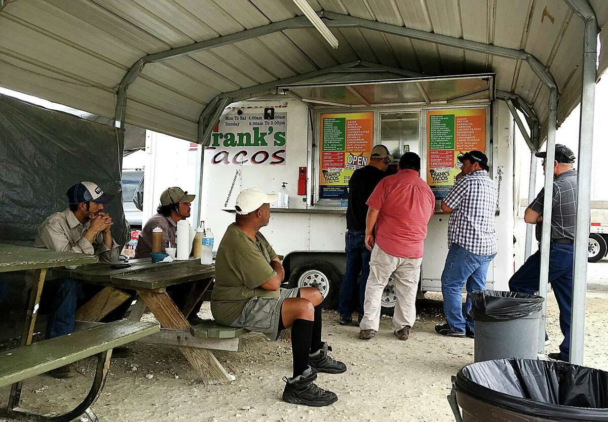 Frank's Tacos, a trailer beside the EZ-Mart at Interstate 37 and Loop 1604.