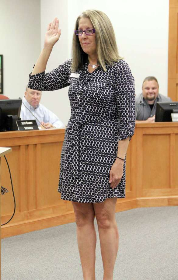 Pearland ISD itrustee Pam Boegler faces two opponents in her bid to retain her Position 2 seat.