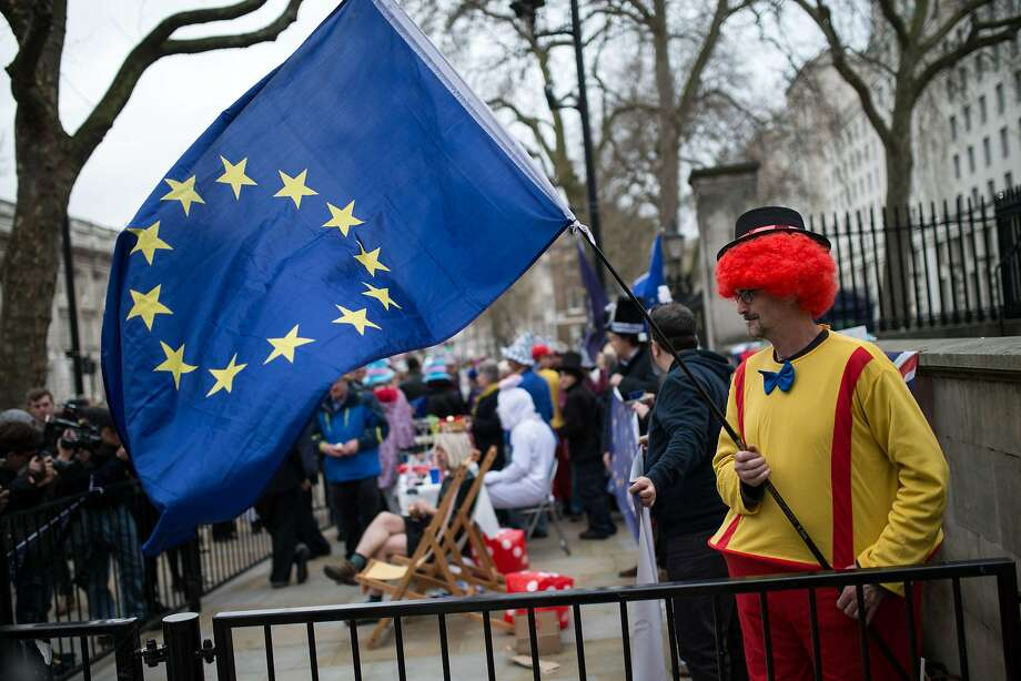 Anti-Brexit protesters demonstrate in London, after Britain began the process of withdrawal from the EU. Photo: OLI SCARFF, AFP/Getty Images