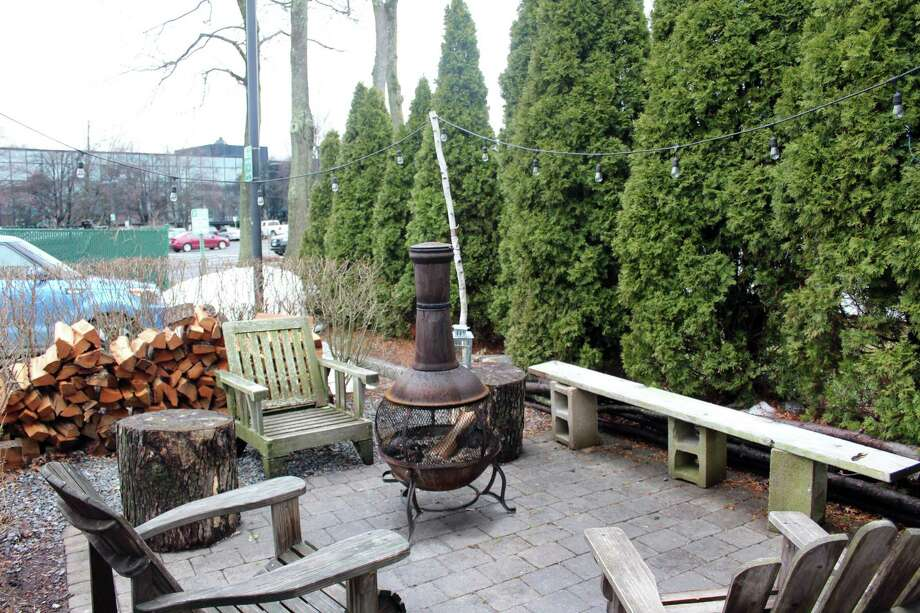 Bodega Taco Bar's fire pit was approved by the Board of Selectmen on March 27, 2017. Here in March 28, 2017 in Darien, Conn. Photo: Justin Papp / Hearst Connecticut Media / Darien News