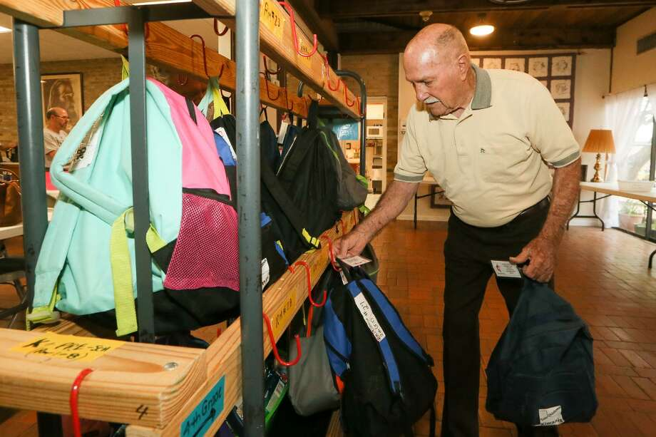 Church Fills Backpacks School Kids Stomachs San Antonio