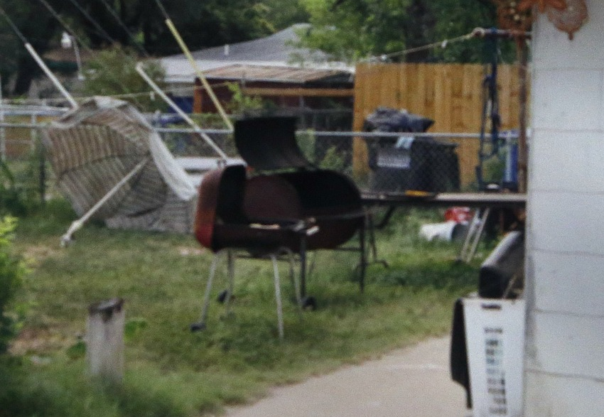 A witness has stated that this barbecue grill was used in murder.