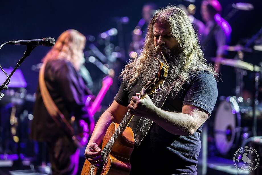 """Warren Haynes performs in the """"The Last Waltz 40"""" tribute to The Band's iconic concert and film. Photo: Blackbird Presents"""