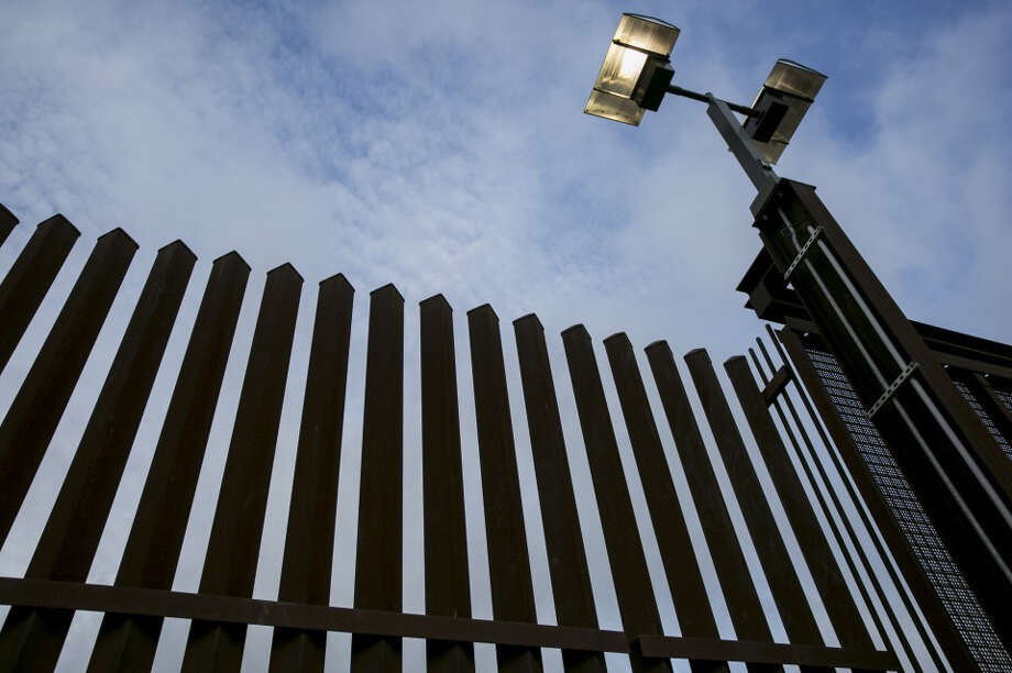 The border fence in Hidalgo is nowhere near the scale of Trump's proposed border wall, which could cost a staggering $25 billion to $67 billion. Photo: THE WASHINGTON POST / The Washington Post
