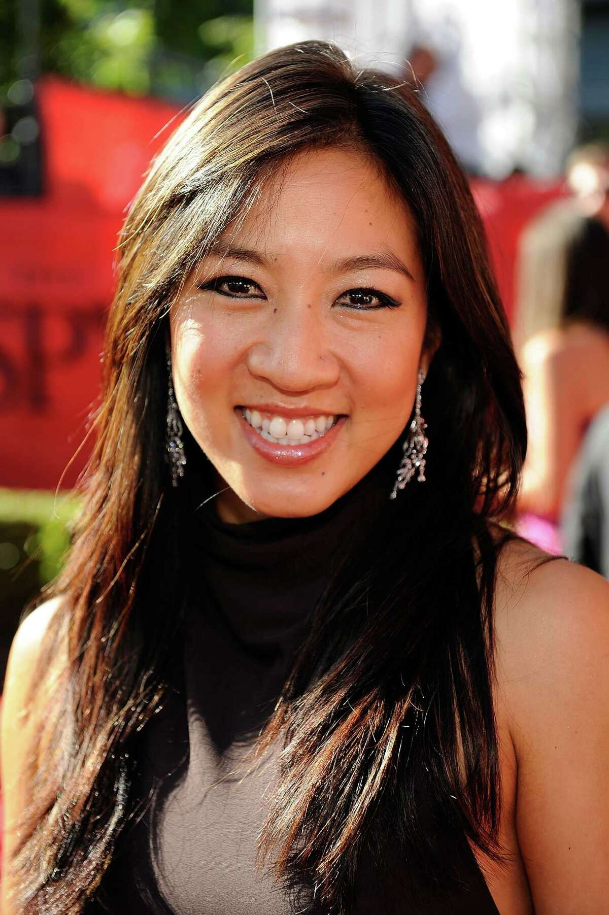 LOS ANGELES, CA - JULY 15: Olympic Ice skater Michelle Kwan arrives at the 2009 ESPY Awards held at Nokia Theatre LA Live on July 15, 2009 in Los Angeles, California. The 17th annual ESPYs will air on Sunday, July 19 at 9PM ET on ESPN. (Photo by Kevork Djansezian/Getty Images for ESPY)
