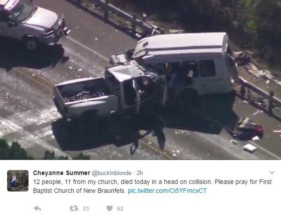 Cheyanne Summer‏ @buckinblonde ‏12 people, 11 from my church, died today in a head on collision. Please pray for First Baptist Church of New Braunfels. pic.twitter.com/Ci5YFmcvCT Photo: Twitter Screen Shots