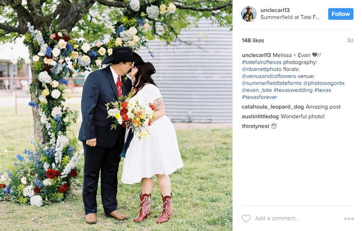 Melissa Tate had her dream wedding with an elaborate Texas State Fair theme, which had fair games, a Ferris wheel and fair foods like corn dogs and sausage-on-a-stick.Source: Instagram