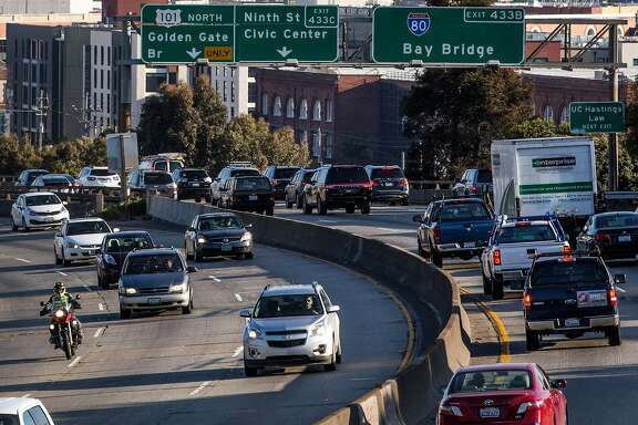 Morning traffic heading towards the Bay Bridge begins to pile at Interstate 80 on Thursday, March 30, 2017 in San Francisco, Calif.