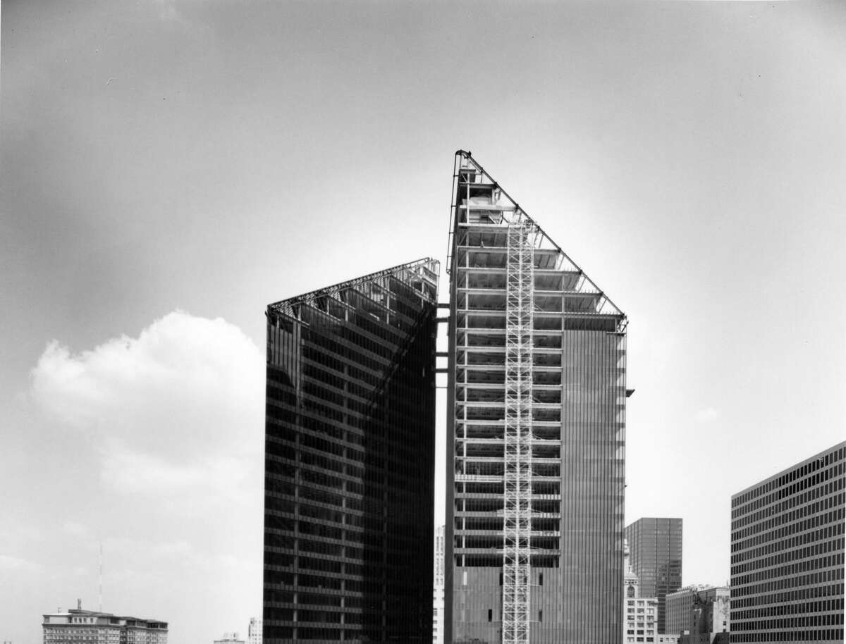 Pennzoil Tower (seen here under construction in 1974)  Completed in 1975 | 523 feet | 36 stories 700 Milam Street