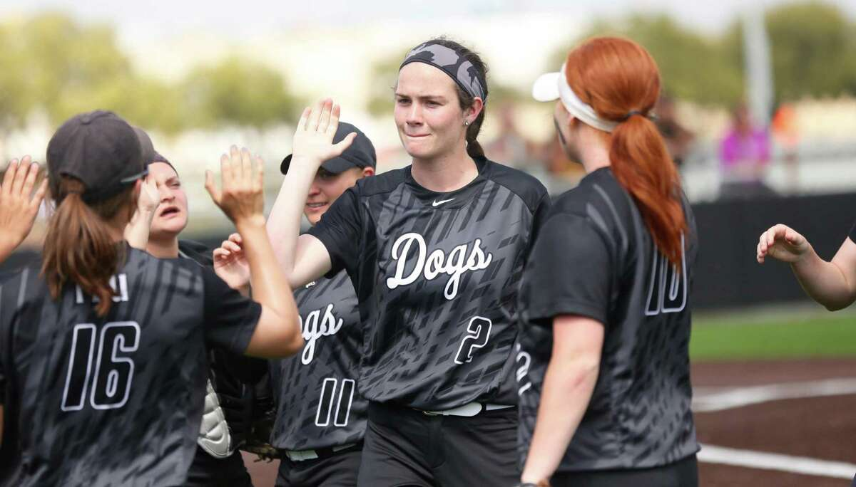 Texas Lutheran softball pitcher Maitlin Raycroft (center, facing camera) has produced six no-hitters this season, setting a Division III record.