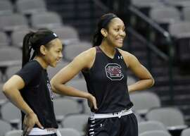 South Carolina's A'ja Wilson (right, with Allisha Gray) is averaging 17.9 points and 7.4 rebounds.