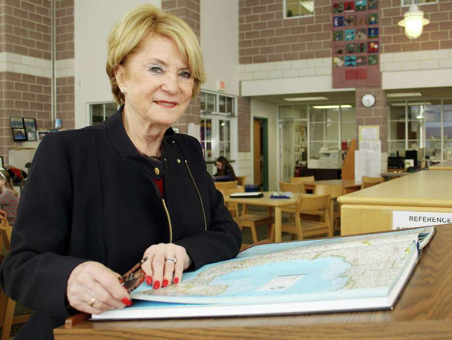 Barbara Ivey, pictured here at Middlesex Middle School in Darien, has been helping Darien students train for the Connecticut State National Geographic Bee on Friday. Photo: Erin Kayata / Hearst Connecticut Media / Darien News