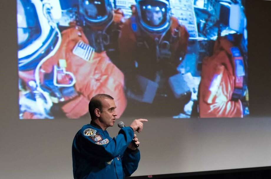 Astronaut describes 'puffy head' at Stamford's King School ...