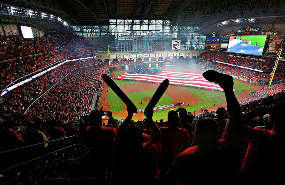 On the heels of the Astros' 2015 playoff appearance, Minute Maid Park was rocking on opening day last season, but there would be no postseason baseball there in 2016. This year, the team hopes to keep Minute Maid Park rocking deep into October. Photo: Mark Mulligan, Staff / © 2016 Houston Chronicle