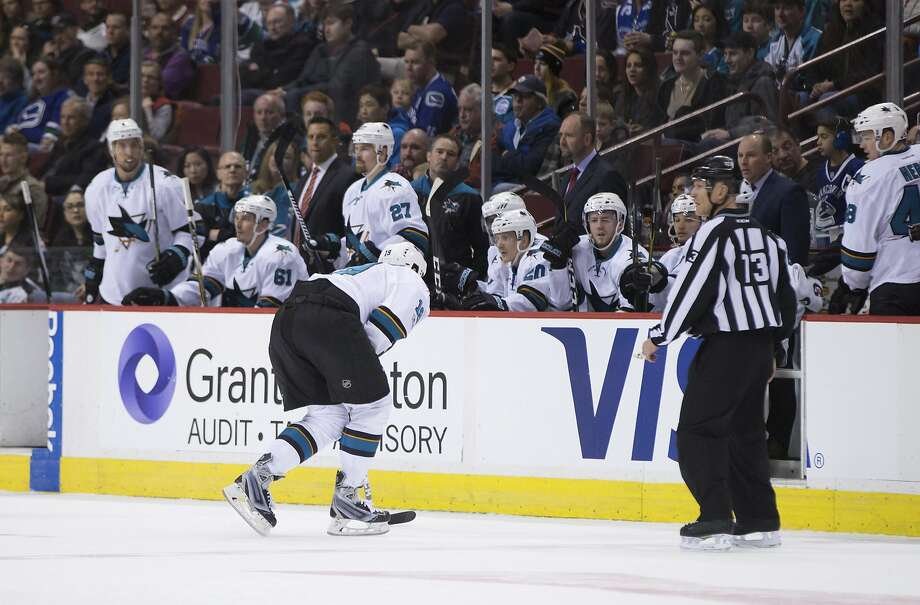 San Jose Sharks' Joe Thornton skates to the bench with an injury during the first period of the team's NHL hockey game against the Vancouver Canucks on Sunday, April 2, 2017, in Vancouver, British Columbia. (Darryl Dyck/The Canadian Press via AP) Photo: DARRYL DYCK, Associated Press