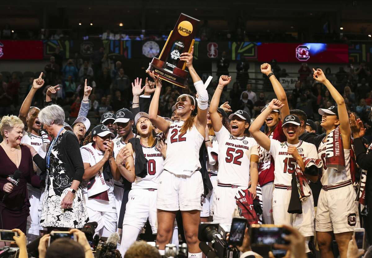 South Carolina Gamecocks forward A'ja Wilson (22) holds the trophy after South Carolina defeated Mississippi State 67-55 to win the NCAA Women's Basketball Championship on Sunday, April 2, 2017 at American Airlines Center in Dallas, Texas. (Richard W. Rodriguez/Fort Worth Star-Telegram/TNS)