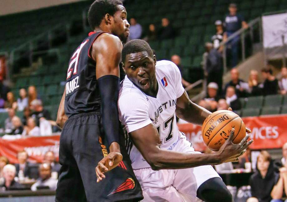 Alexis Wangmene (17), a former Central Catholic and UT standout, has been playing for the Austin Spurs of the NBA Development League in 2016-17. Photo: Courtesy Photo /Austin Spurs / Andy Nietupski