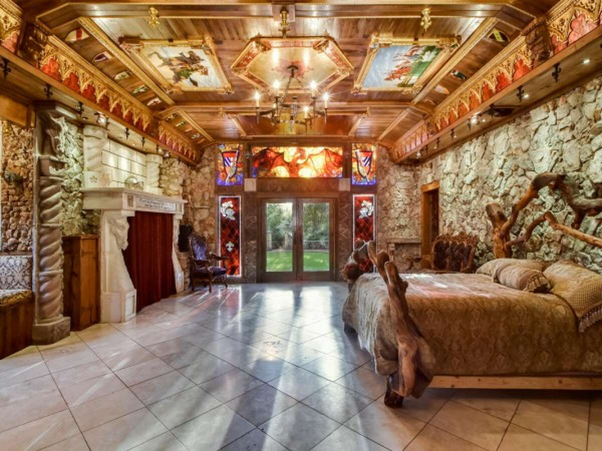 """For $2.3 million, you can live like royalty in what Sotheby's Realtor Stephanie Nick dubbed """"Camelot's Retreat,"""" or 12504 Black Mesa Cove."""