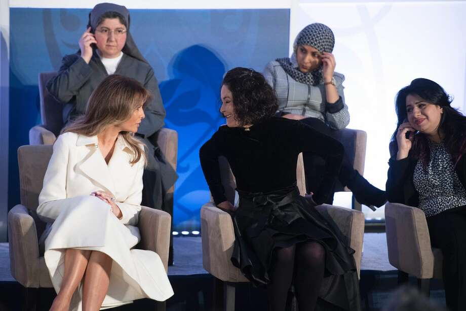 First Lady Melania Trump speaks with acid burn victim Natalia Ponce de Leon of Colombia during the International Women of Courage ceremony at the State Department in Washington, DC, March 29, 2017. Photo: JIM WATSON/AFP/Getty Images