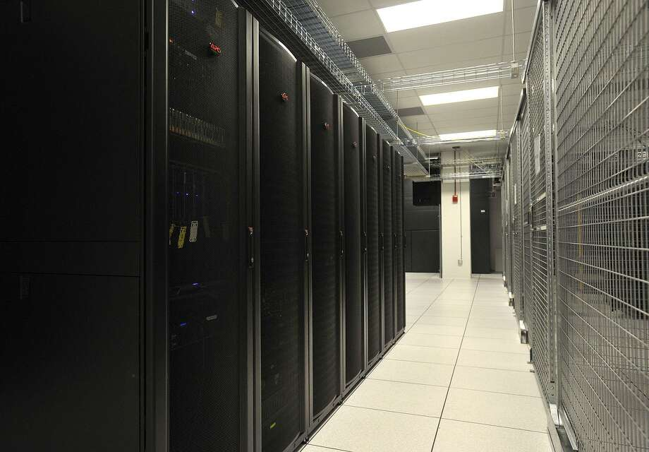 Cervalis operates a big data center at 6 Norden Place in Norwalk, Conn., pictured in April 2014 after the facility opened. Photo: Jason Rearick / Jason Rearick / Stamford Advocate