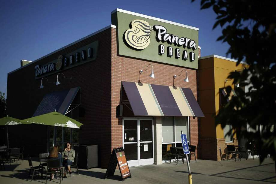 Panera Bread Co., which has a market value of about $6.5 billion, is working with advisers to study the options, said people with knowledge of the matter. Photo: Luke Sharrett /Bloomberg News / © 2016 Bloomberg Finance LP