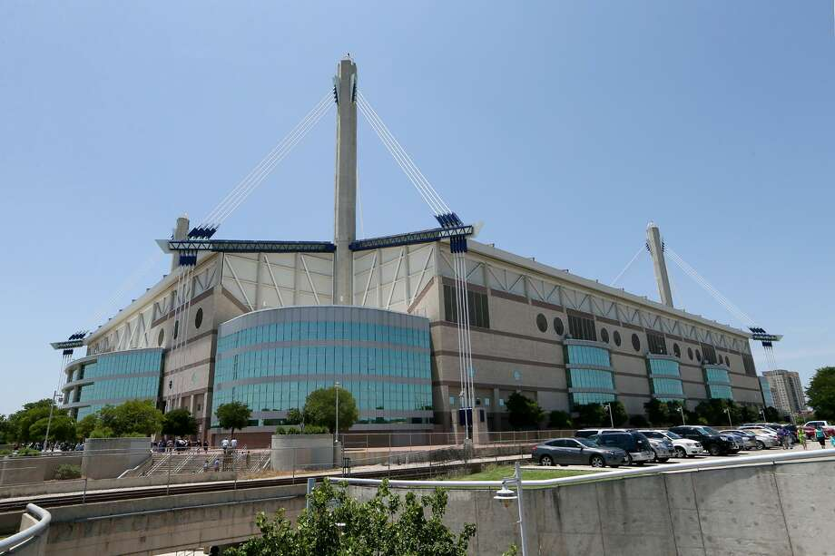 The Alamodome will host the NCAA Men's Final Four in 2018. Photo: Marvin Pfeiffer /San Antonio Express-News / EN Communities 2014