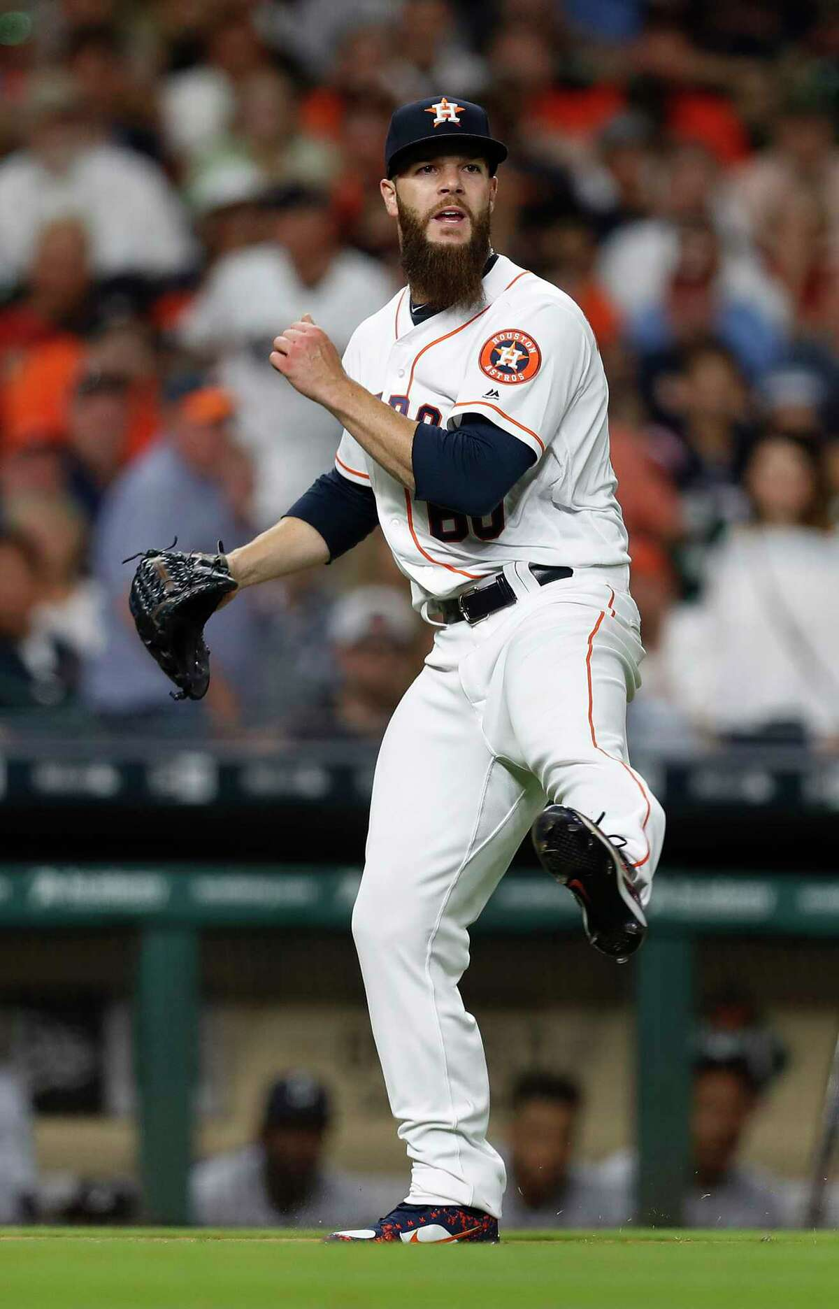 The Astros' Dallas Keuchel had a leg up on the Mariners from the start in Monday's season opener en route to winning his third season opener in three years.
