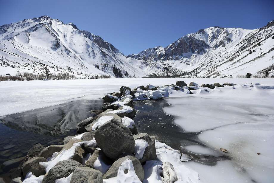 An unseasonably strong storm is set to hit the Sierra Thursday evening, weather forecasters said. Photo: JIM WILSON, NYT