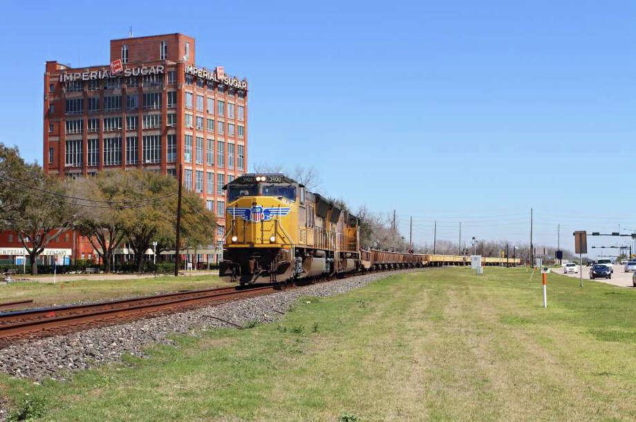 Union Pacific train traveling in Sugar Land. Photo: Union Pacific